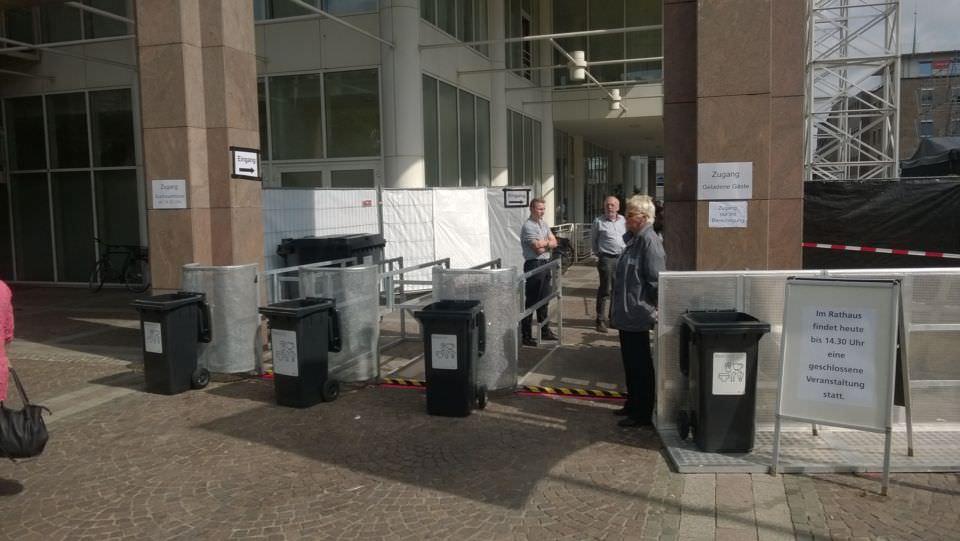 Anti-Nazi-Demo am Rathaus Dortmund - Sicherheitsvorkehrungen