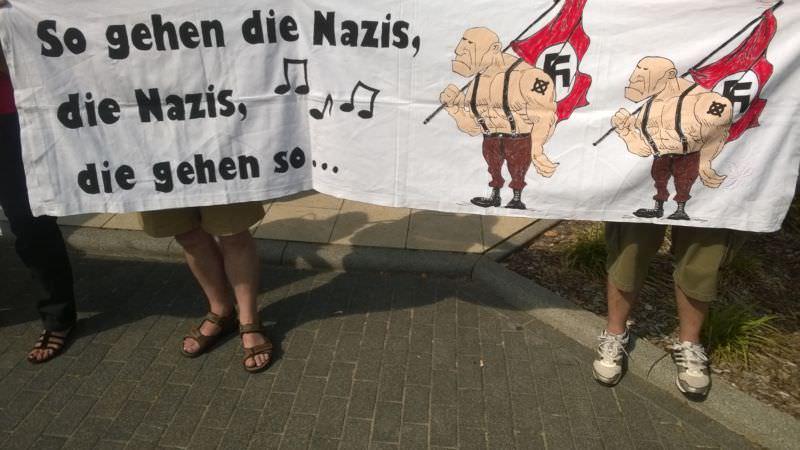 So gehen die Nazis ...