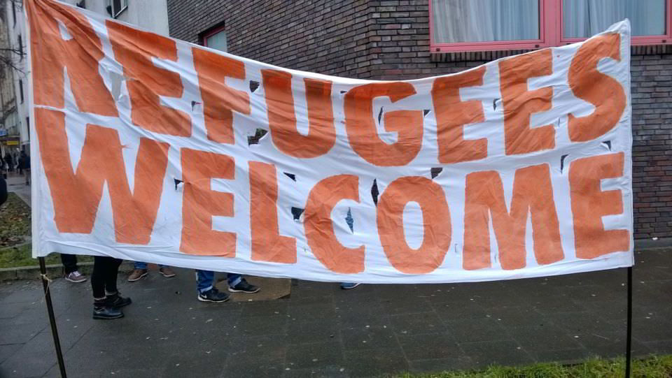 Refugees Welcome Banner 2015 Amberlight