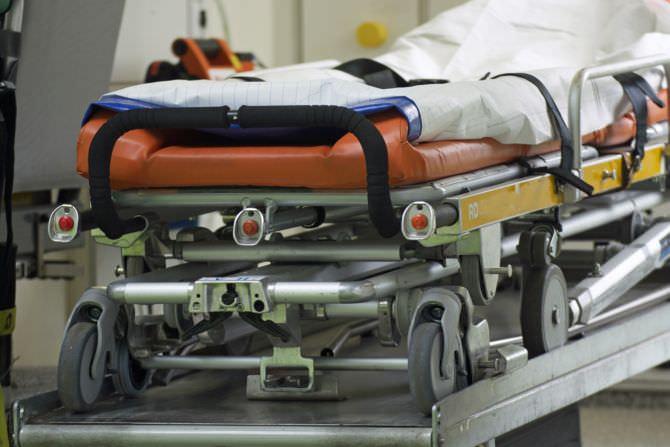 Eone Notfallliege im Krankenwagen