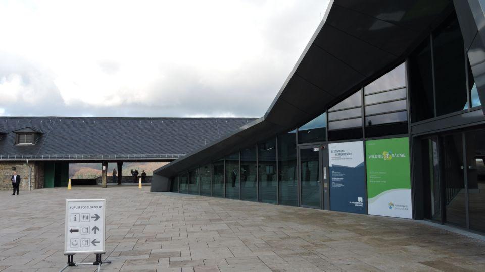 Der Eingangsbereich zur Ausstellung Burg Vogelsang