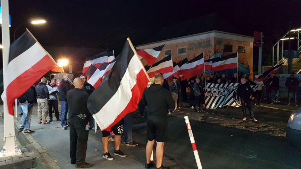 Bild einer der beiden Demos der Dortmunder Nazis am 21. September.