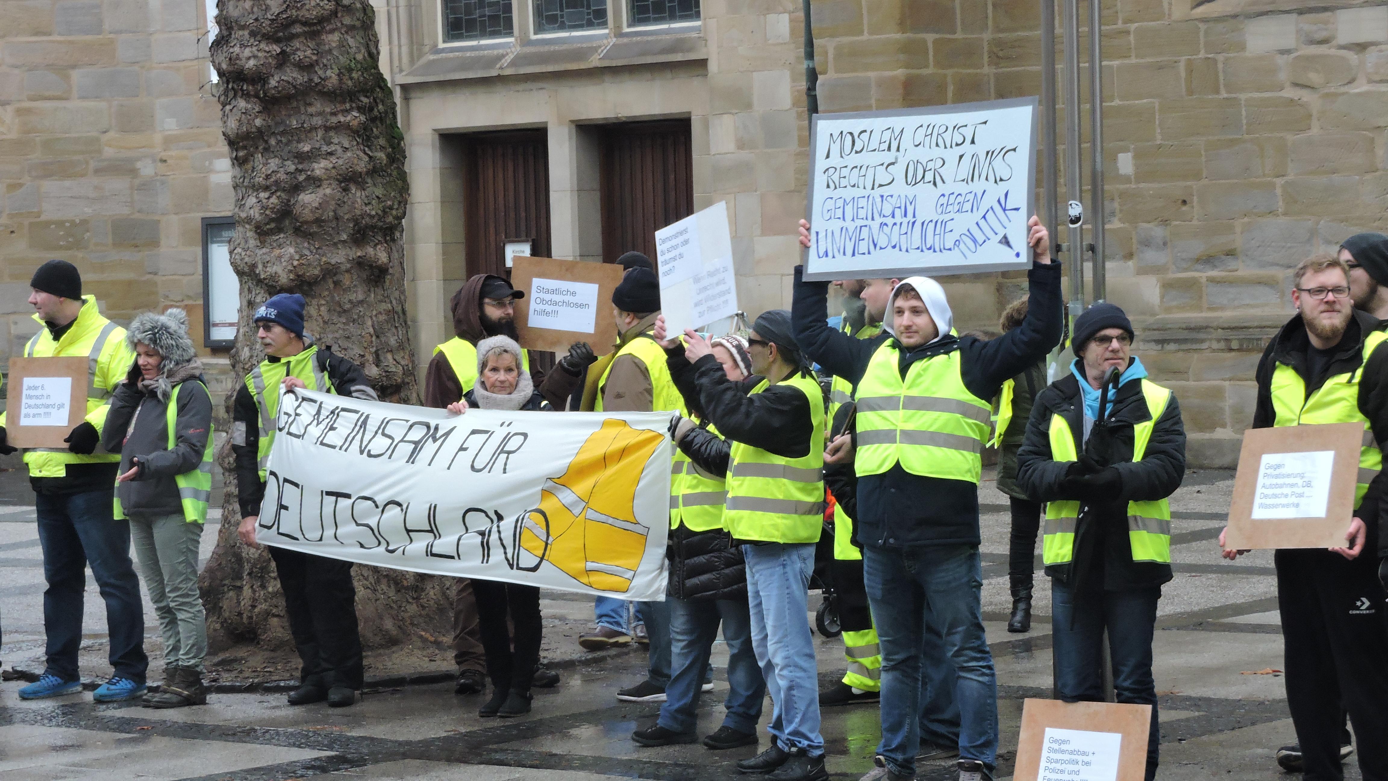 Bild der Kundgebung vor der reinoldikirche in Dortmund